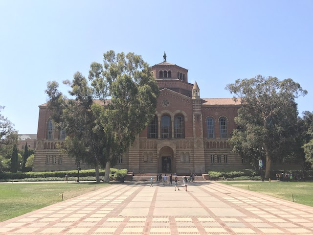 Powell Library at UCLA 01